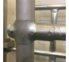 Зажим (хомут) тавровый для стойлового оборудования 60х60